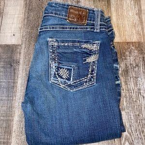 Bke by buckle Capri cropped blue jeans